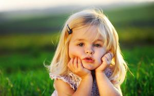 golden_hairs_little_girl_thinking-other